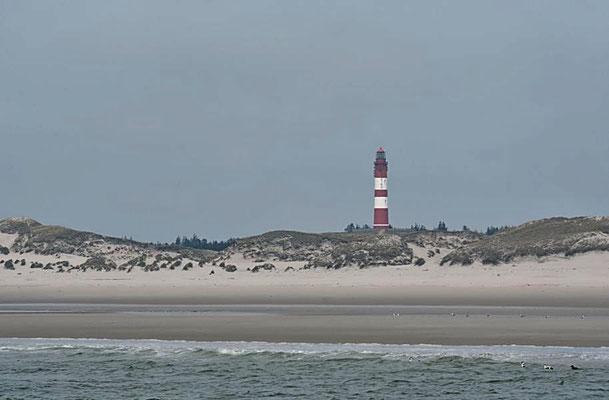 Strand mit Leuchtturm