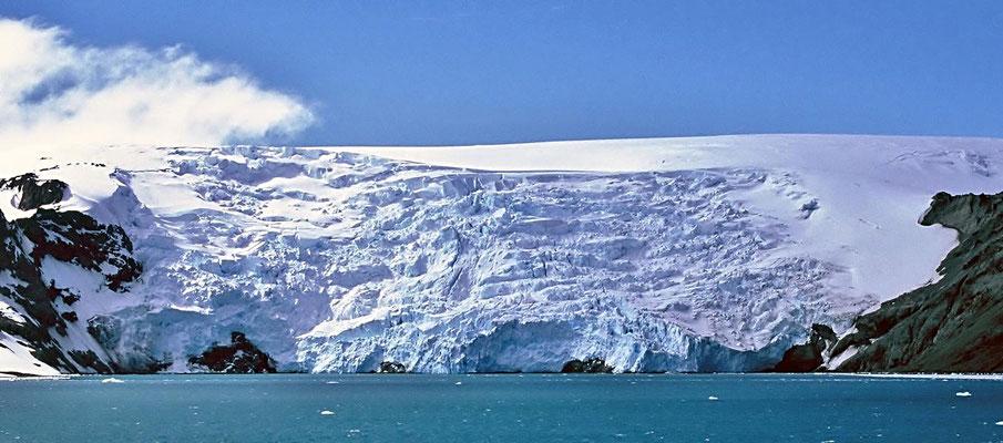 Antarktica, Gletscher mit Abbruchkante.