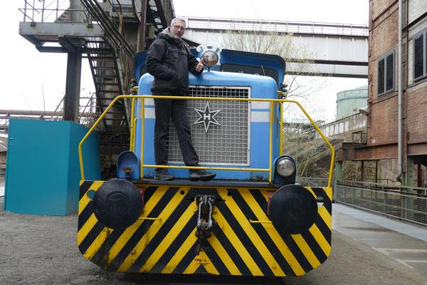 .... auch wenn dieser Herr gerne Lokomotivführer geworden wäre ;)