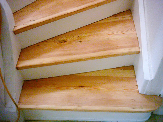 Treppen schleifen Kiel
