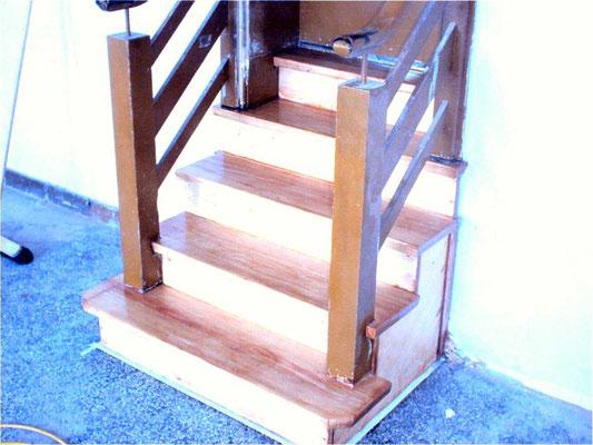Treppen schleifen Wiesbaden