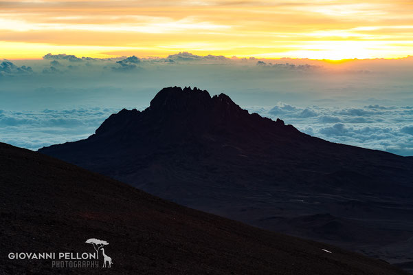 Mawenzi - Sunrise near Uhuru Peak (5'895 m)