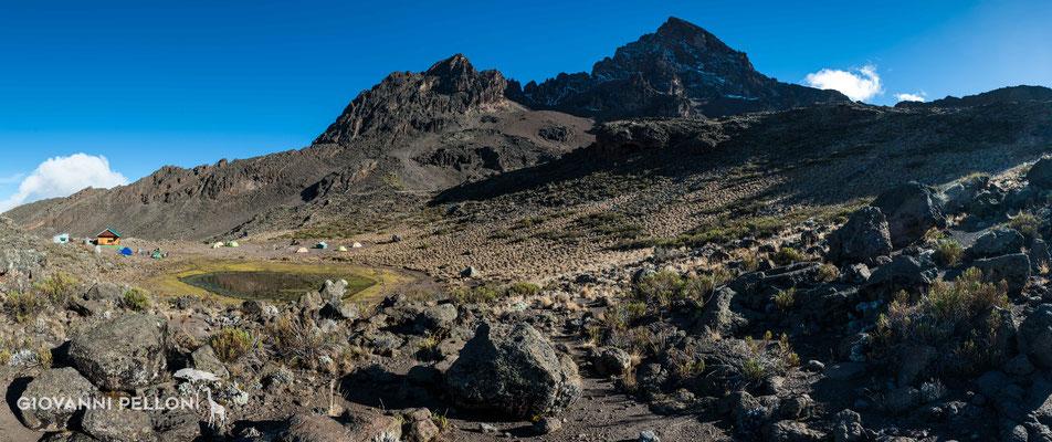 Mawenzi and Mawenzi Tarn Hut (4'330 m)