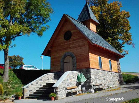 Moselebauer Kirche Steinfassade von Stonepack / Kärnten