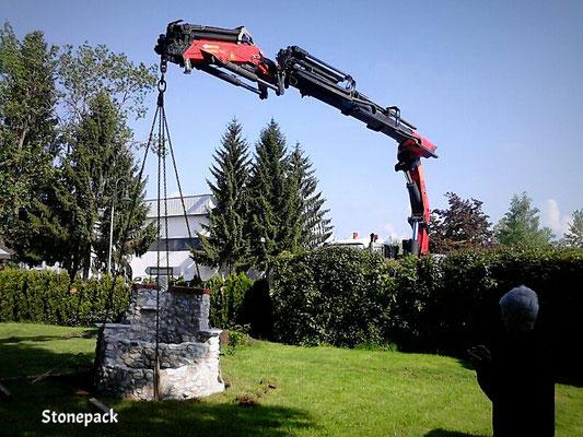 Gartendesign - Brunnen - Duschen - Griller  aus Naturstein von Stonepack