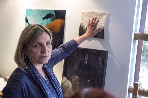 Hélène BENZACAR commente son travail.