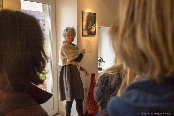 Doreen LE MARINEL présente son travail.