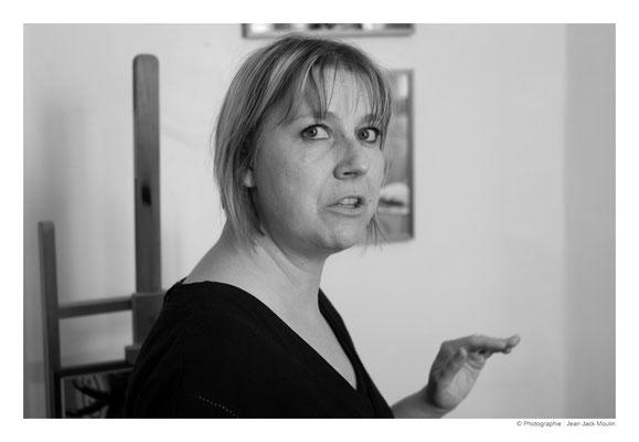 ©JJM-DSCF2921R-Véronique Spenlé dans son atelier.