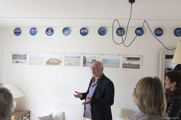 Jean Jack MOULIN, au cours de la présentation de son travail.