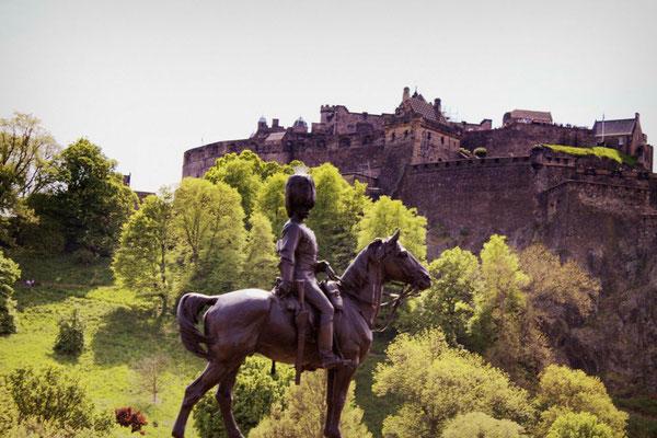 Edinburgh castleC