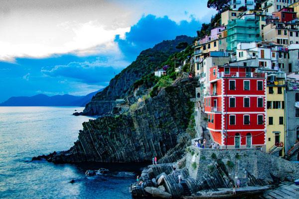 Cinque Terre, bunte Häuser, Italien, Ligurisches Meer, UNESCO Welterbe, Fünf Dörfer, Die Traumreiser