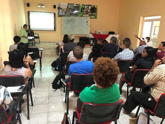 Curso sobre diseño de biodigestores en Cuba