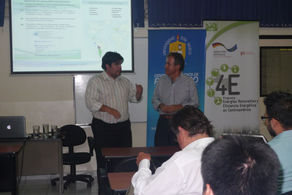 Conferencia sobre biogas y biodigestores Universidad Don Bosco - El Salvador