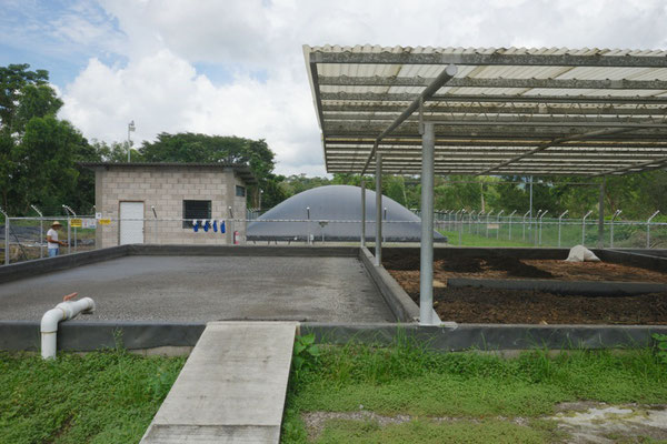 Biodigestor en industria de lácteos - covered lagoon digester for dairy waste and wastewater