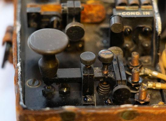 Morse key. Service buzzer Signal Corps U.S. Army Model 1914.