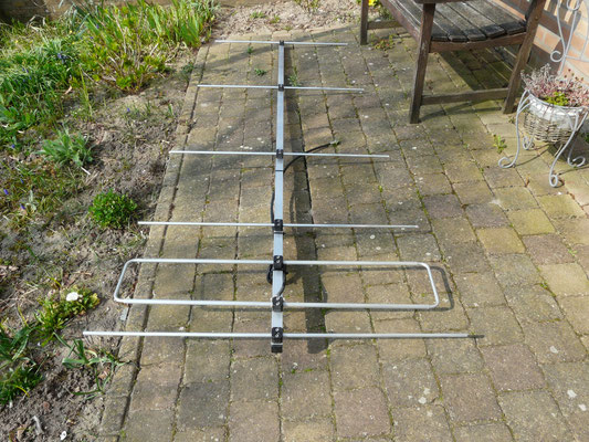 6 elements 2 meter LFA antenna. 9.8 dbd gain. Antenna measurement veron Meppel.