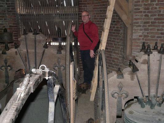 Jan met Hans in de toren bij de klokken