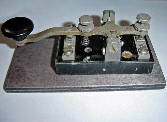 Morse key type M. 99 Telefunken