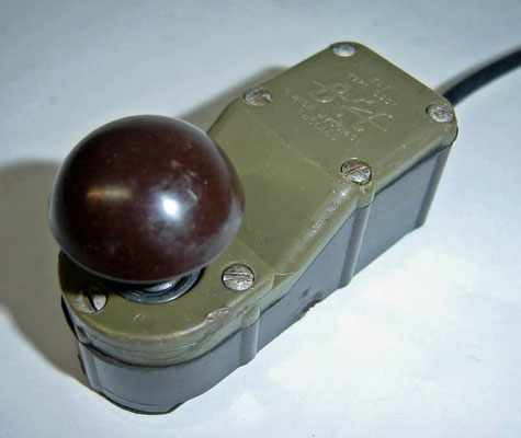 Small Morse key. Make, C307. BCC-Wycombe. This tiny key was used on many post WW-II British and Australian radios.