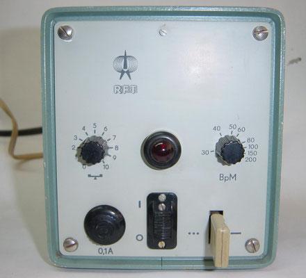 German - DDR. RFT Elektronische Morsetaste. EMT 567. Marked C. Lorenz AG, Werk Leipzig in Verwaltung 1965