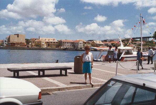 Curacao 1989 Nellie.