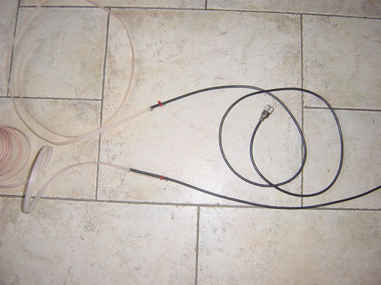 J antenna for 2 and 6 meters Made of 300 Ohm ribbon line. Easy to roll up and take with you.