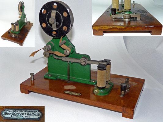 Morse inker. With small Key. Made by Instrumentenfabtiek  Van Sonsbeek & Co Utrecht Holland.