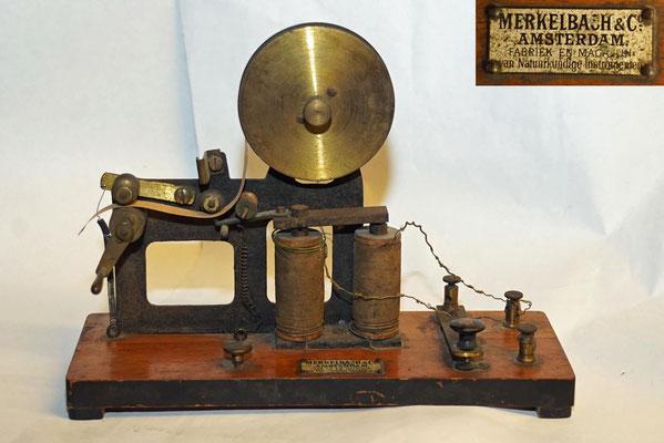 Merkelbach & Co. Amsterdam. Fabriek en magazijn van Natuurkundige Instrumenten.  Merkelbach also had a technical toy store.