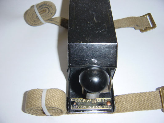 Key and Plug Assembly No8. KEY WT 8 AMP No2 Mk II. With send and receive switch. Marked WER. Z.A 2869. Manufactured by WER (Whiteley Electrical Radio Co Ltd. 109 Kingsway, London. Leg Mounted Key.