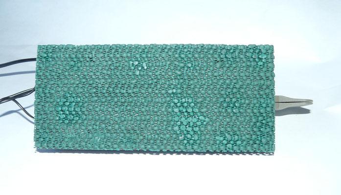 With bluestone. 650 Grams. And anti-slip mat.