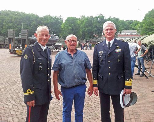 M, Van Rijn luitenant der mariniers.  Jan van Ooijen Oud Marinier.  Mr. R. G. Oppelaar Brigade-generaal der mariniers.  Mariniers Verbindingsdienst Reünie 5 juli 2017.  Reunion Marines signaller.