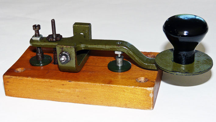 Training Key.  (Telegraph Key)