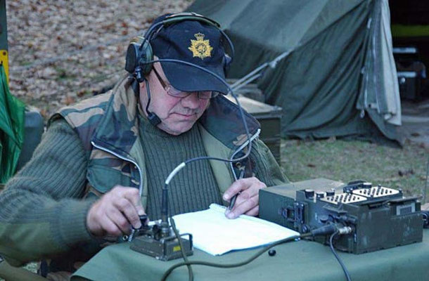"Field days ""Zwarte veld, Nunspeet"".  Clansman Transceiver with Clansman Morse Key."