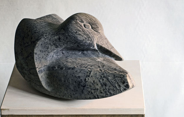 Schlafende Ente / Alabaster / Anna Erdin