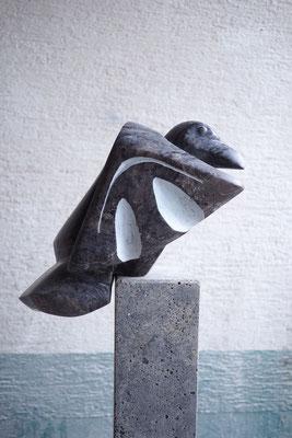 Nebelkrähe / Alabaster / Anna Erdin