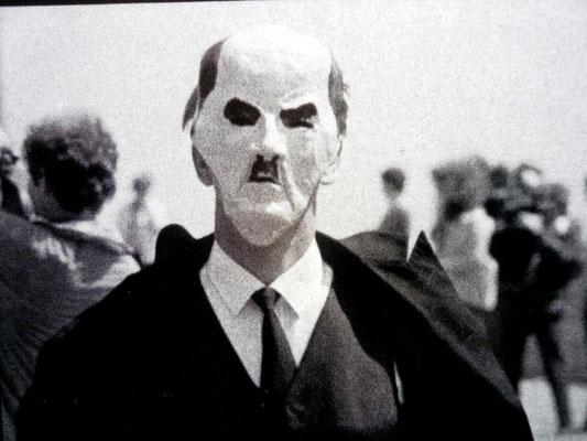 Ein Pangermane im Zug gegen Carstens (1979)