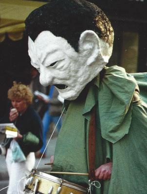 Der Kandidat und Trommler 1980 (Darsteller: der Schriftsteller Heinz Jacobi)