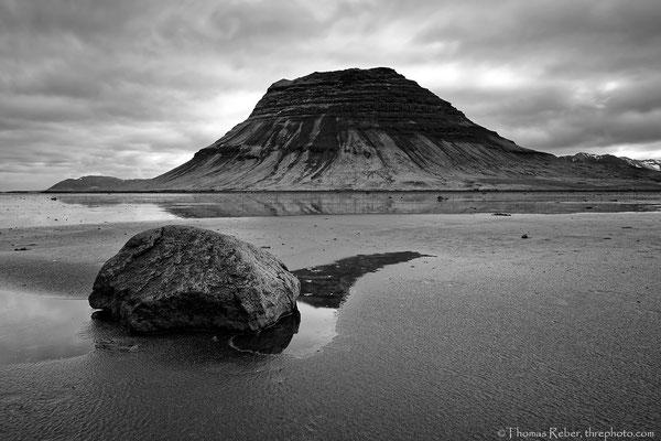 Iceland, Snaefellsnes, puddle stone