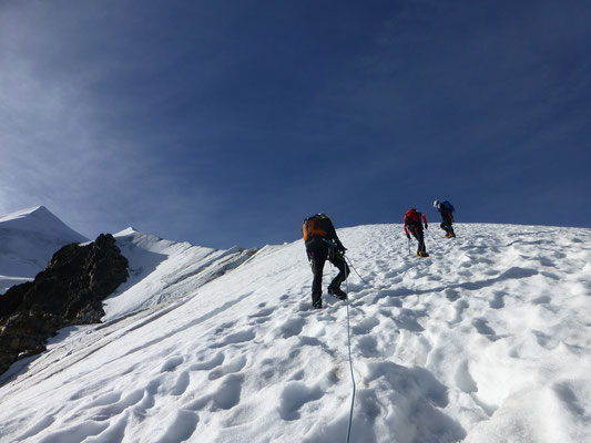 Am Gletscher gingen wir dann immer zu viert im Seil