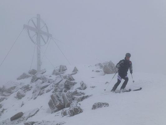 Abfahrt vom Gipfel weg gut zu machen