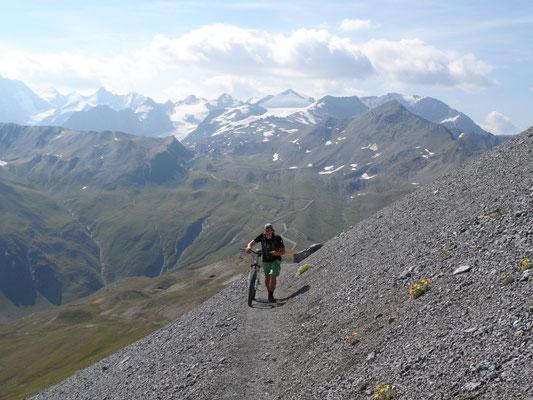Aufstieg zum Gipfel, zuerst schiebend