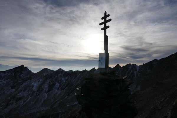 Gipfelfreuden, wahrscheinlich der letzte Schneefrei 3000er für heuer