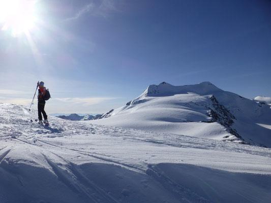 Berg Heil, mit Blick zum nächsten Gipfel