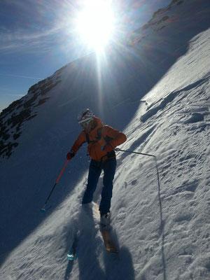 Einfahrt, kurz unter dem Gipfel