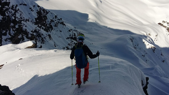 Abstieg zu den Skiern