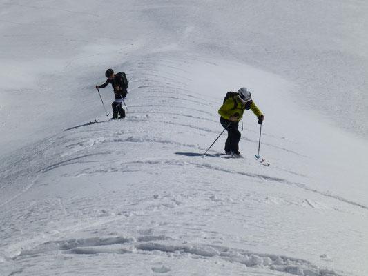Die Steilstufe absolvierten wir mit abnormal vielen Spitzkehren