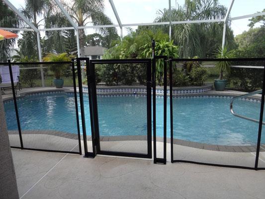 Villa Catch The Sun - Baby-Fence mit praktischem selbstschließenden Eingangstor