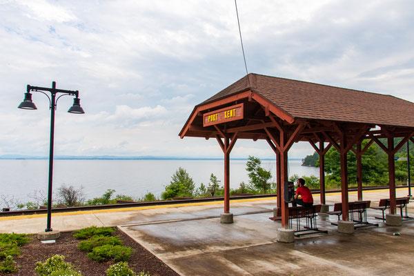 La petite gare de Port Kent au bord du lac Champlain