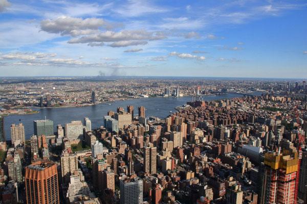 Depuis l'Empire State Building, vue sur Brooklyn à l'Est de Manhattan