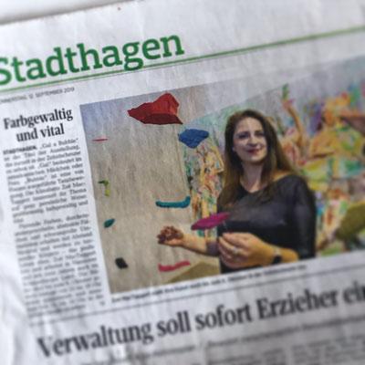 """""""Farbgewaltig und vital"""" Schaumburger Nachrichten vom 12.09.2019, Stadthagen, S. 9"""